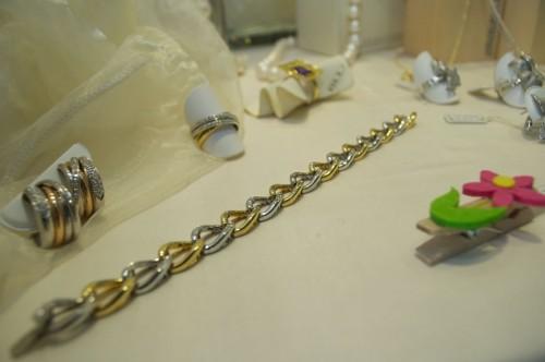 collana riparata